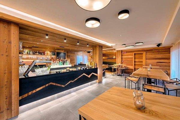 sporting-hotel-ravelli-marilleva-900-skirama-dolomiti-wintersport-italie-interlodge