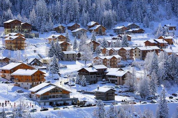 bergstation-valfrejus-frankrijk-wintersport-ski-snowboard-raquettes-schneeschuhlaufen-langlaufen-wandelen-interlodge.jpg