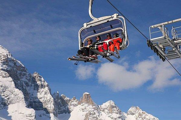 skilift-zoldo-civetta-superdolomiti-wintersport-italie-ski-snowboard-raquettes-schneeschuhlaufen-langlaufen-wandelen-interlodge.jpg
