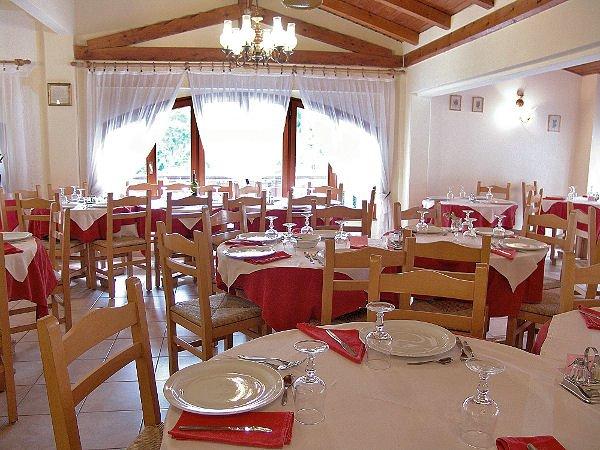 restaurant-hotel-vecchia-america-folgarida-skirama-dolomiti-wintersport-italie-ski-snowboard-raquettes-schneeschuhlaufen-langlaufen-wandelen-interlodge.jpg