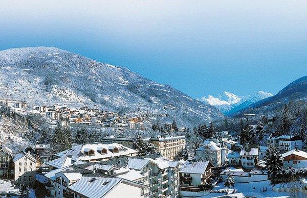 brides-les-bains-les-trois-vallees-frankrijk-wintersport-frankrijk-ski-snowboard-raquettes-schneeschuhlaufen-langlaufen-wandelen-interlodge.jpg