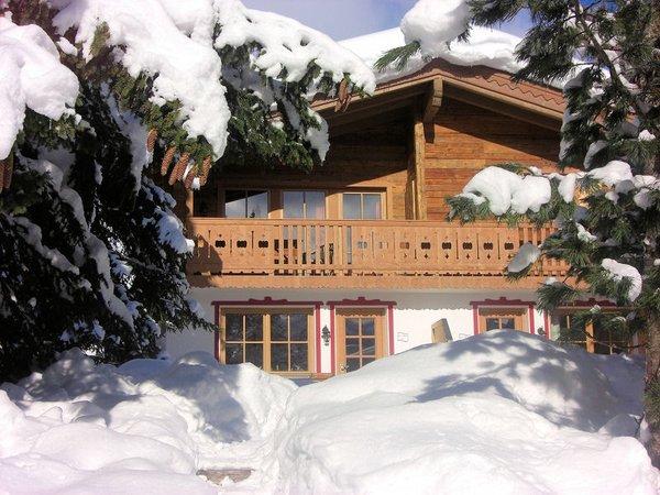 ast-n-hutten-konigsleiten-vakantiewoning-sneeuw-zillertal-arena-wintersport-oostenrijk-ski-snowboard-raquettes-scneeschuhlaufen-langlaufen-wandelen-interlodge.jpg