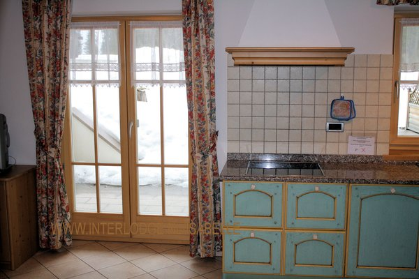 residence-ercabuan-keuken-campitello-dolomiti-wintersport-italie-ski-snowboard-raquettes-schneeschuhlaufen-langlaufen-wandelen-interlodge.jpg