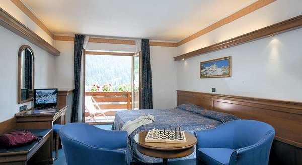 kamer-touristhotel-valtournenche-aosta-wintersport-interlodge.jpg