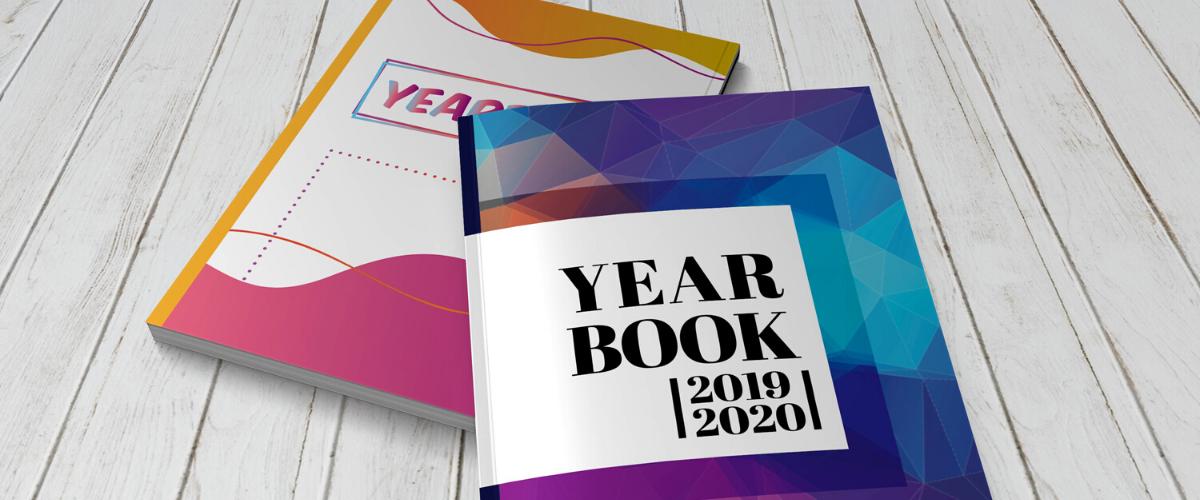 couvertures colorées de yearbooks