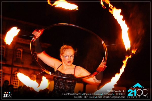 21CC-Events-Ltd_Event-Performances_Fire-dancers-051