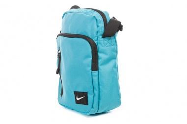 Nike Core Small Items II
