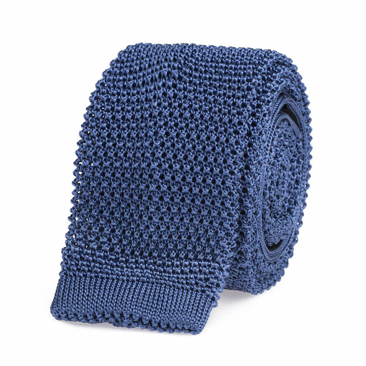 Knitted tie light blue