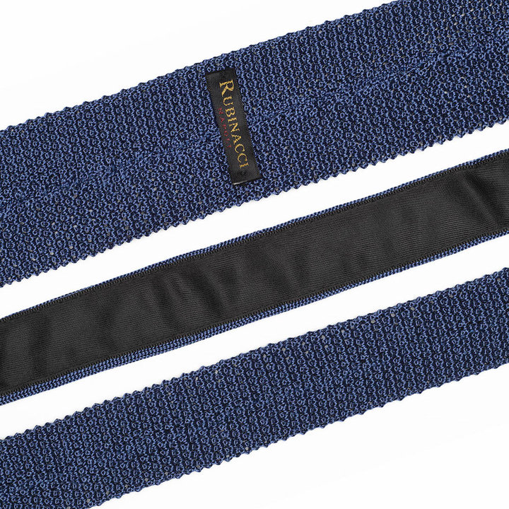 Knitted tie light blue 2