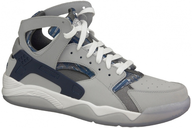 nike-air-flight-huarache-705005-001
