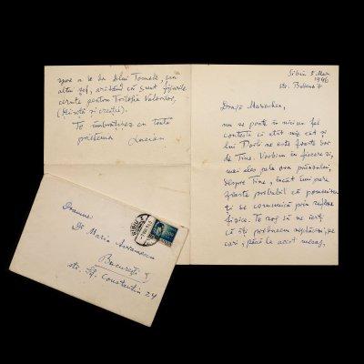 """Scrisoare amicală, trimisă de Lucian Blaga către Maria Avramescu în care comunică stadiul corecturilor la """"Trilogia Valorilor"""", Sibiu, 5 mai 1946, (2 file), însoțită de plicul original"""