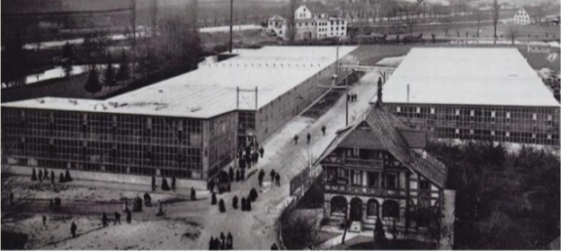 Steiff factory around 1920 The east block from 1903 is the front pavilion to the left. The others were built between 1904 and 1908. Picture from the early 1920s..png