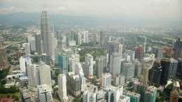 http://tendtotravel.com/wp-content/uploads/2012/03/Kuala-Lumpur-skyline-@TendToTravel-3.jpg