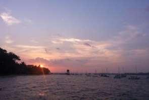 D:\Dropbox\Understanding the Universe\Pictures\Sun gazing\Sunset\2014-02-23 19.04.49.jpg