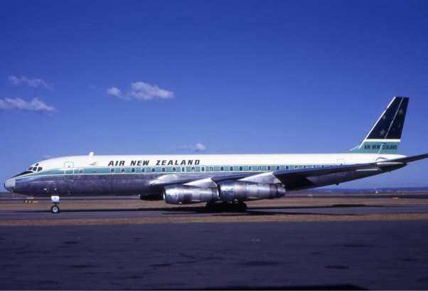 http://upload.wikimedia.org/wikipedia/commons/7/71/Air_New_Zealand_Douglas_DC-8_SYD_Wheatley.jpg