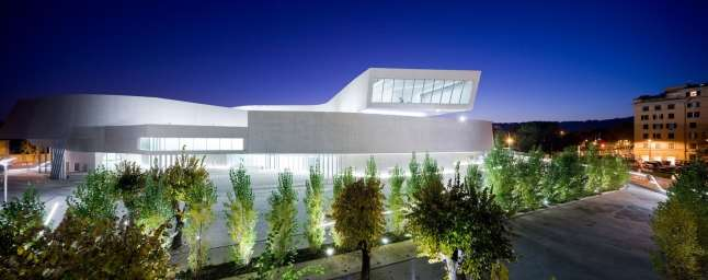 illustrated essay of contemporary architecture maxxi national  this study will concentrate on maxxi national museum and it will supply a comprehensive reappraisal of contemporary museum architecture built in rome in
