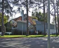 File:Gehry House - Image01.jpg