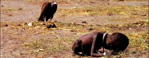 http://mikophoto.net/wordpress/wp-content/uploads/2012/04/Female-Starving-Sudanese-Toddler-and-Vulture-by-Kevin-Carter.jpg