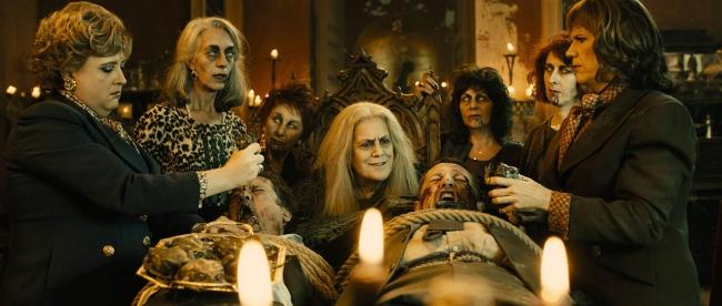 Avance Taquilla Ñ: Las Brujas de Alex de la Iglesia apunta a número uno