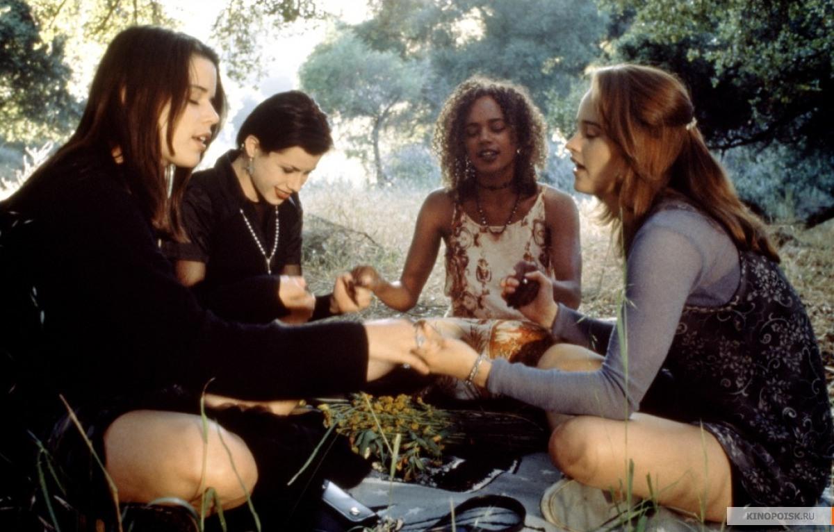 descargar torrent jovenes y brujas