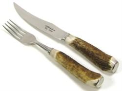 Individual pieces or six/ twelve piece handmade steak sets in elegant presentation cases.