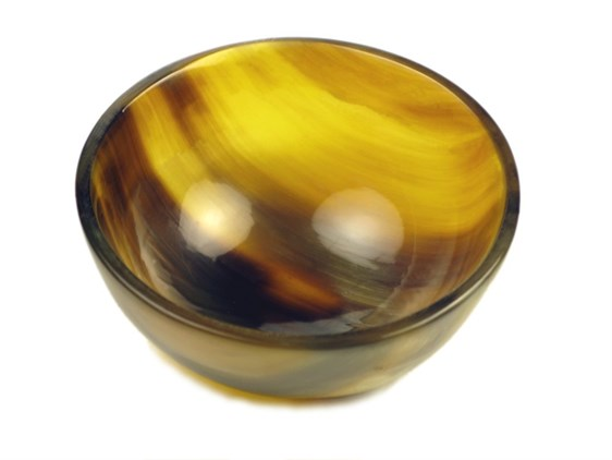 Tiny Cow Horn Round Bowl