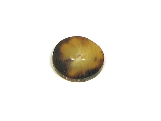 Small Cow Horn Button
