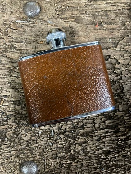 Leather Hip Flask with Horn Cap | Leather Hip Flask