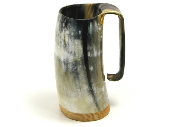 Medium Polished Cow Horn Soldiers Mug | Roughly 1/2 pint size horn mug