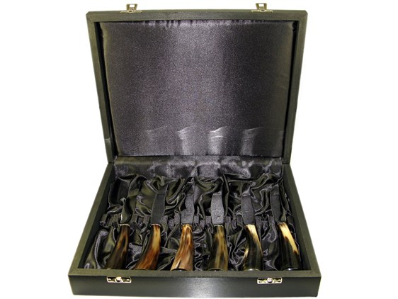 Set Of Six Boxed Polished Oxhorn Handle Steak Knives