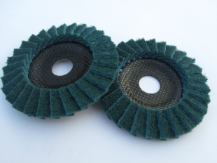 FINE SURFACE CONDITIONING FLAP DISC 115MM DIAMETER FOR GRINDERS