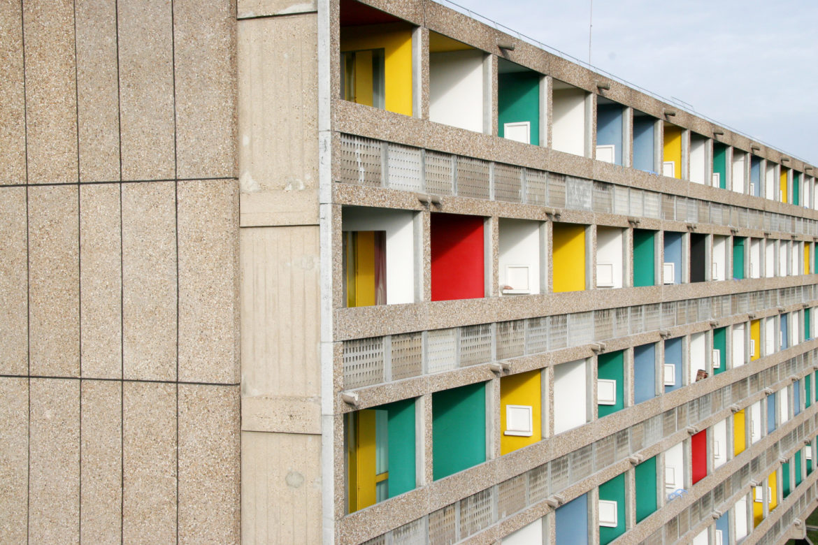Paris city guide architecture of le corbusier a city for Magazine le journal de la maison
