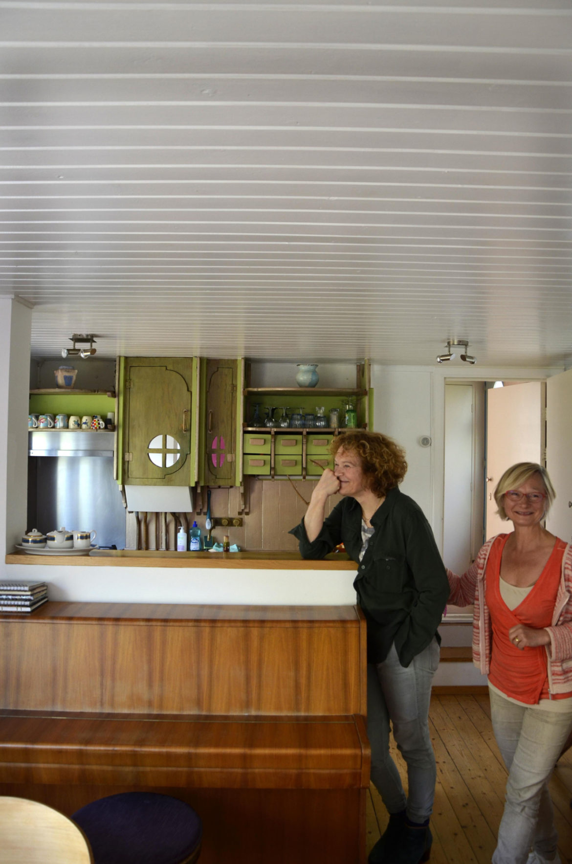 Acmbp  Amsterdam Houseboat06