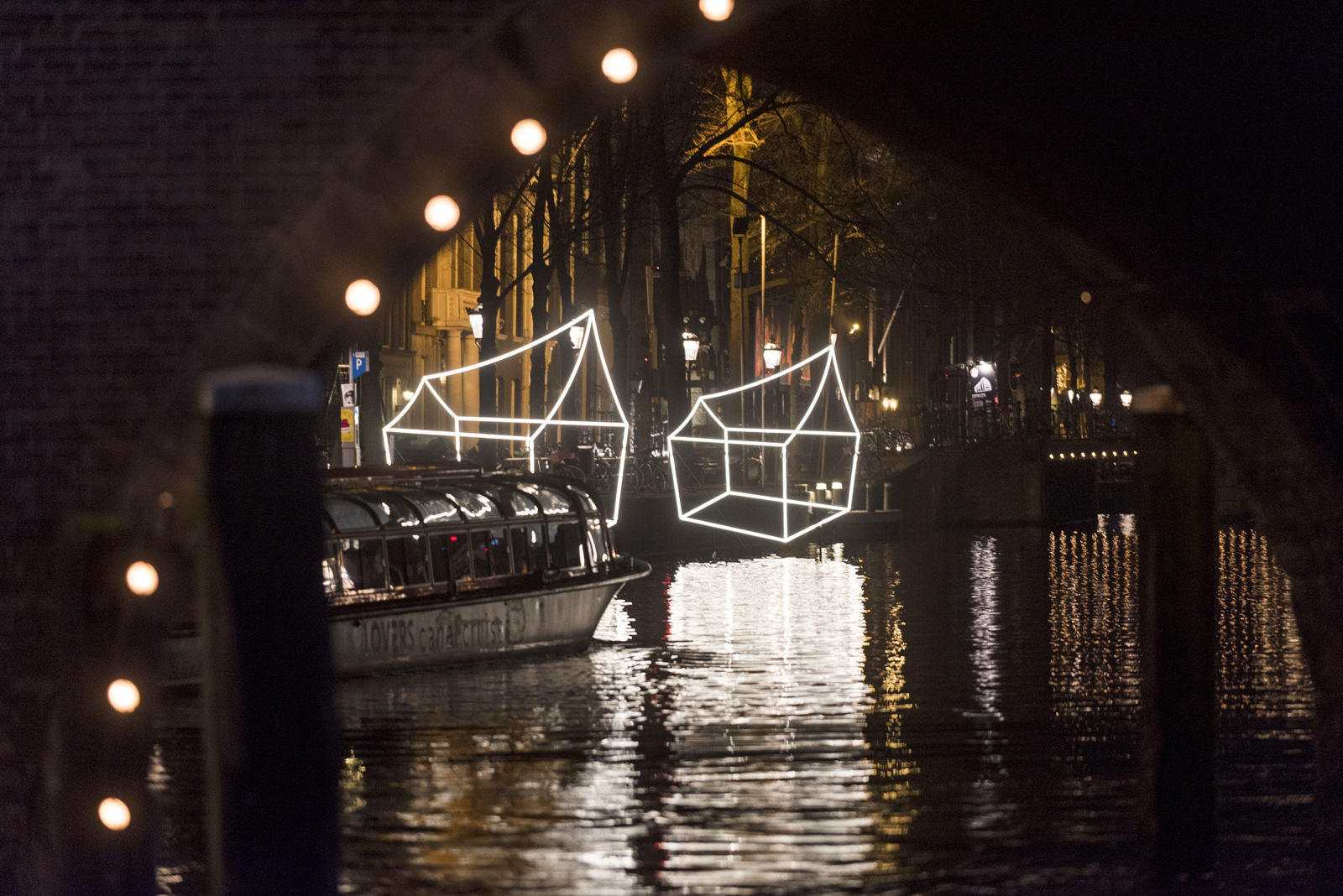 A City Made By People Amsterdam Light Festival 2016 Aron Suveg