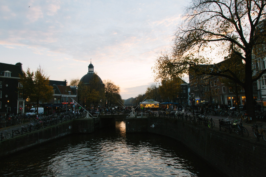 Citinerary-PUP-Milou-Neelen-by-on-a-hazy-morning-Amsterdam-LANDSCAPE-12