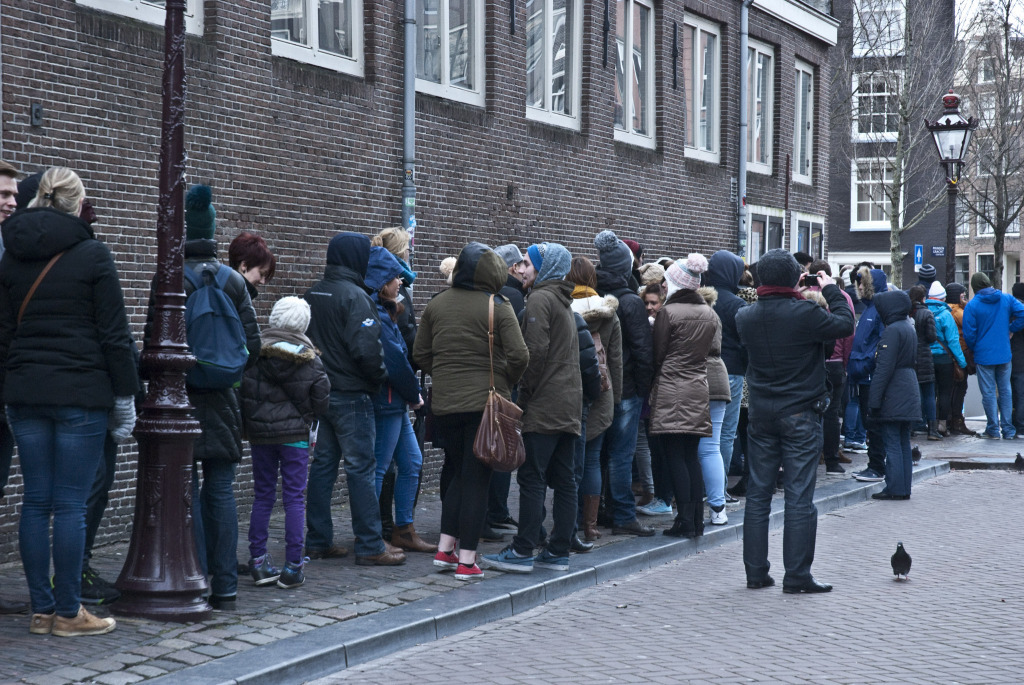 CT_Amsterdam_neverendingqueue (11)