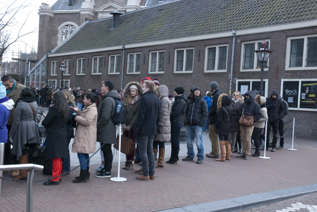CT_Amsterdam_neverendingqueue (7)