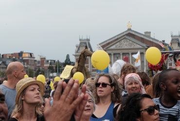 Amsterdam march for unity and celebrating diversity - Ieder1