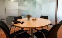 sala de reuniones 4/5 personas