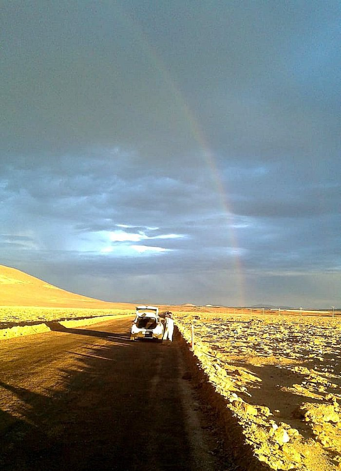Un rare arc-en-ciel d'Atacama (Carlos González-Silva)