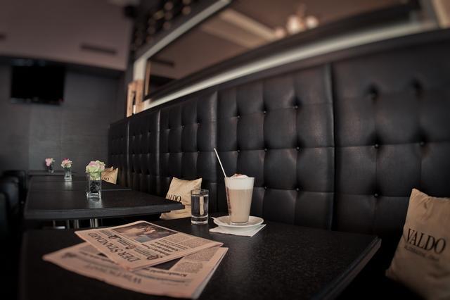 la lounge bar