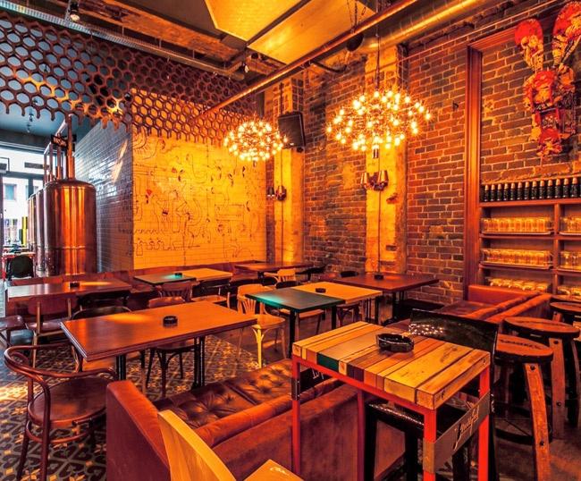 Arredare un ristorante con pochi soldi zp99 regardsdefemmes for Pub arredamento