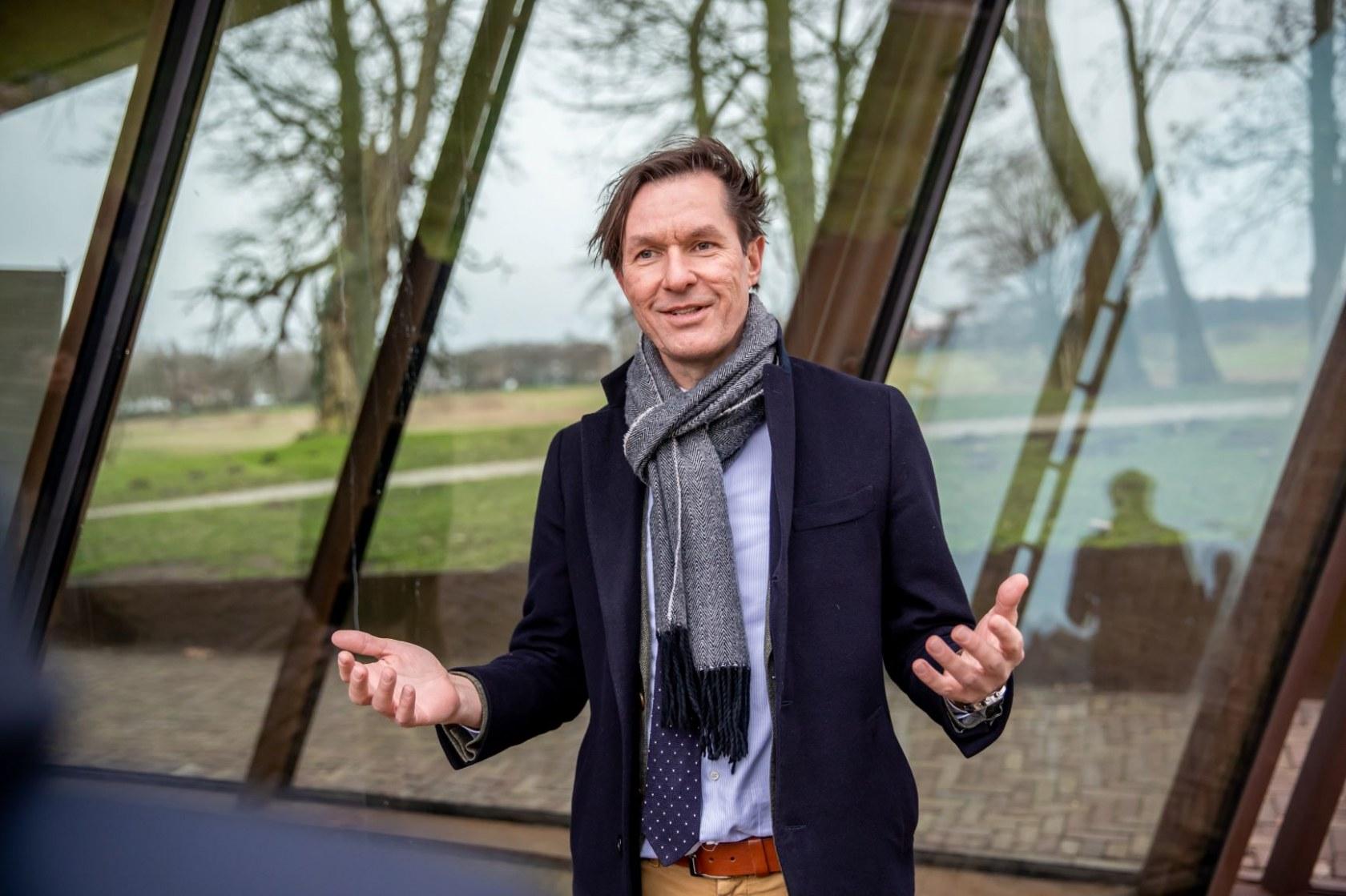 Advocatenblad_FrisseNeus_Robert_van_Muijen_7151