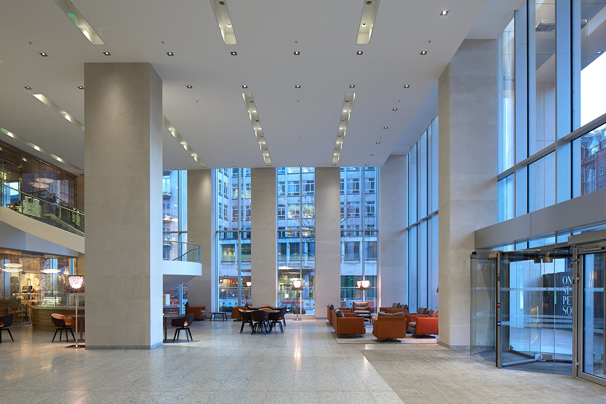 Serviced office Manchester, M2 3DE - WeWork, 1 St. Peters Square, Manchester