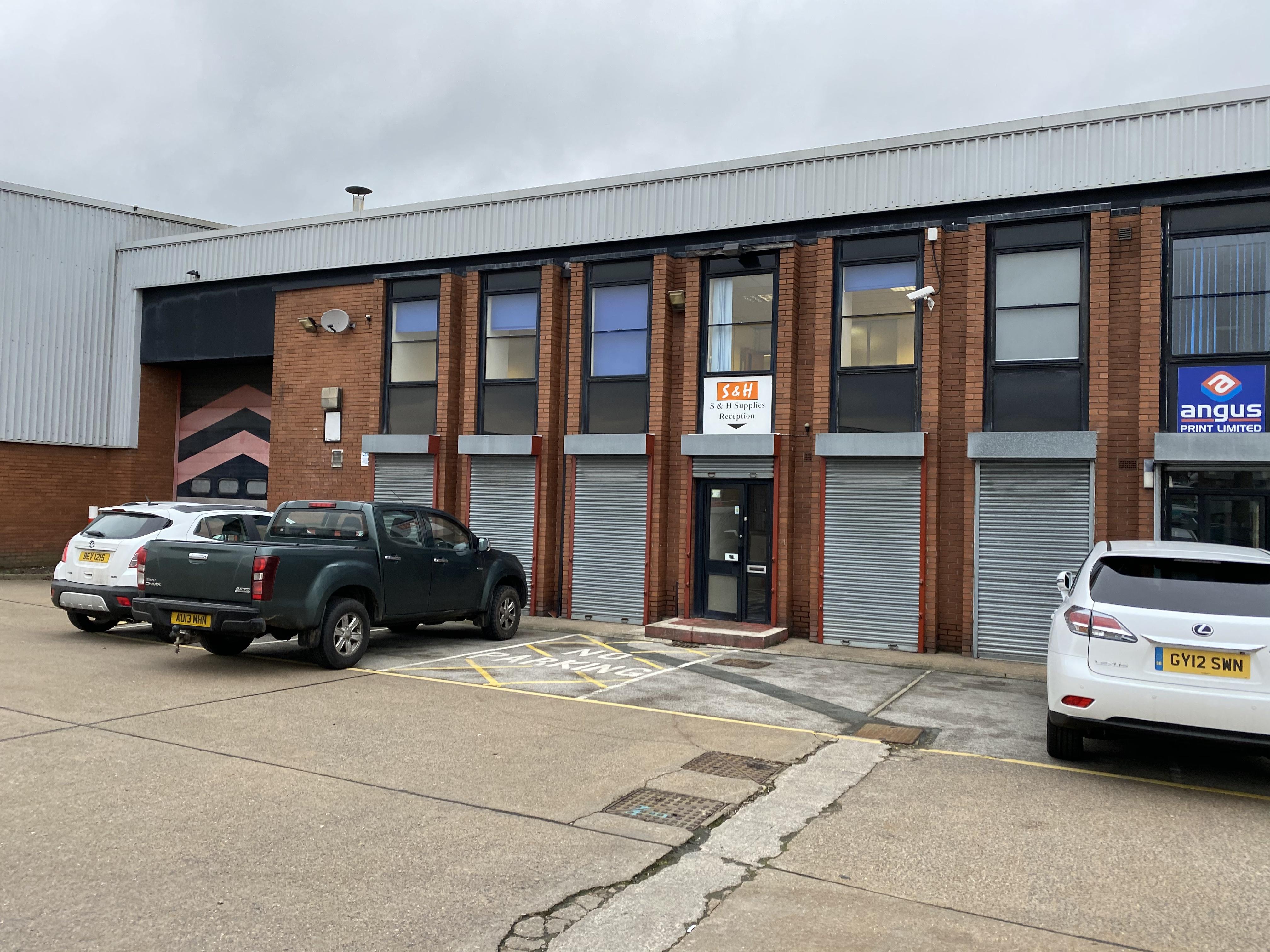 Industrial Leeds, LS14 2AQ - Unit 2b1, Seacroft Industrial & Trade Park