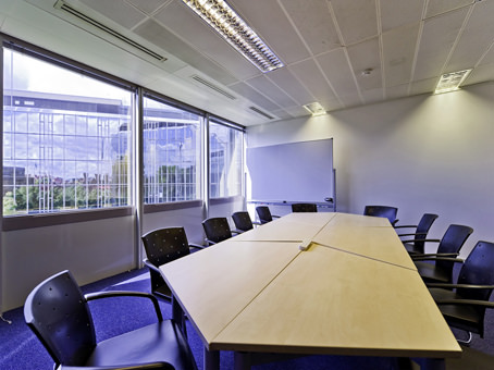 Serviced office London, W14 8TH - Crown House
