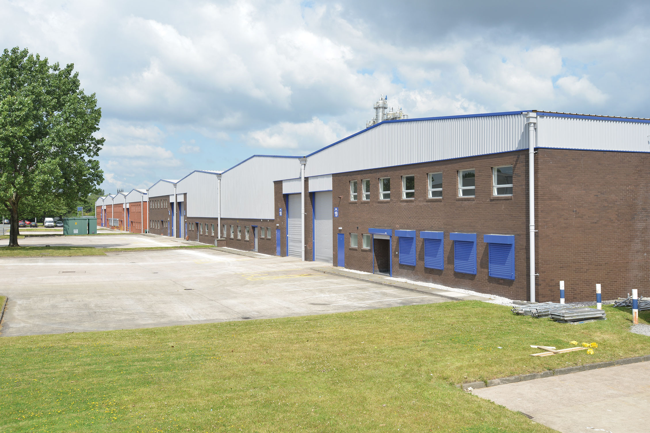 Industrial Manchester, M17 1SB - Guinness Road Trading Estate