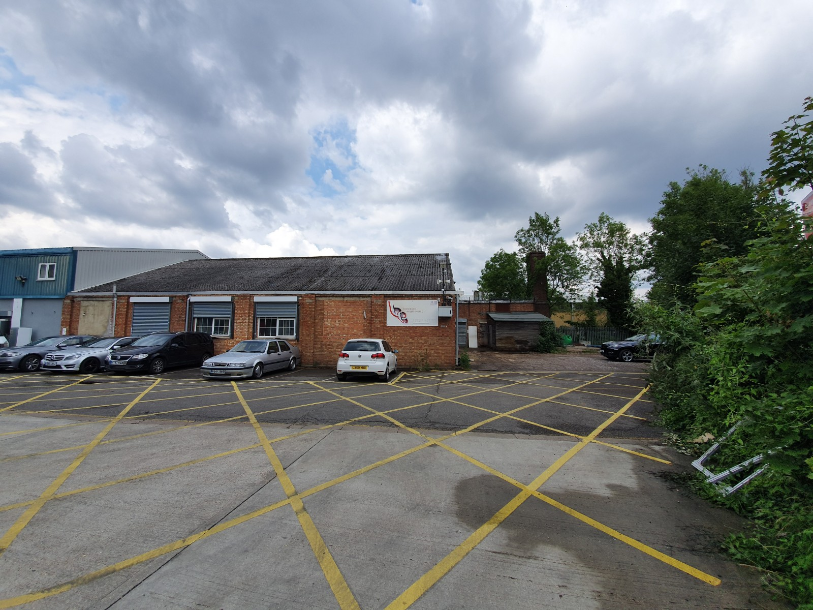 Industrial Langley, SL3 7EW - Unit F2 Deseronto Trading Estate