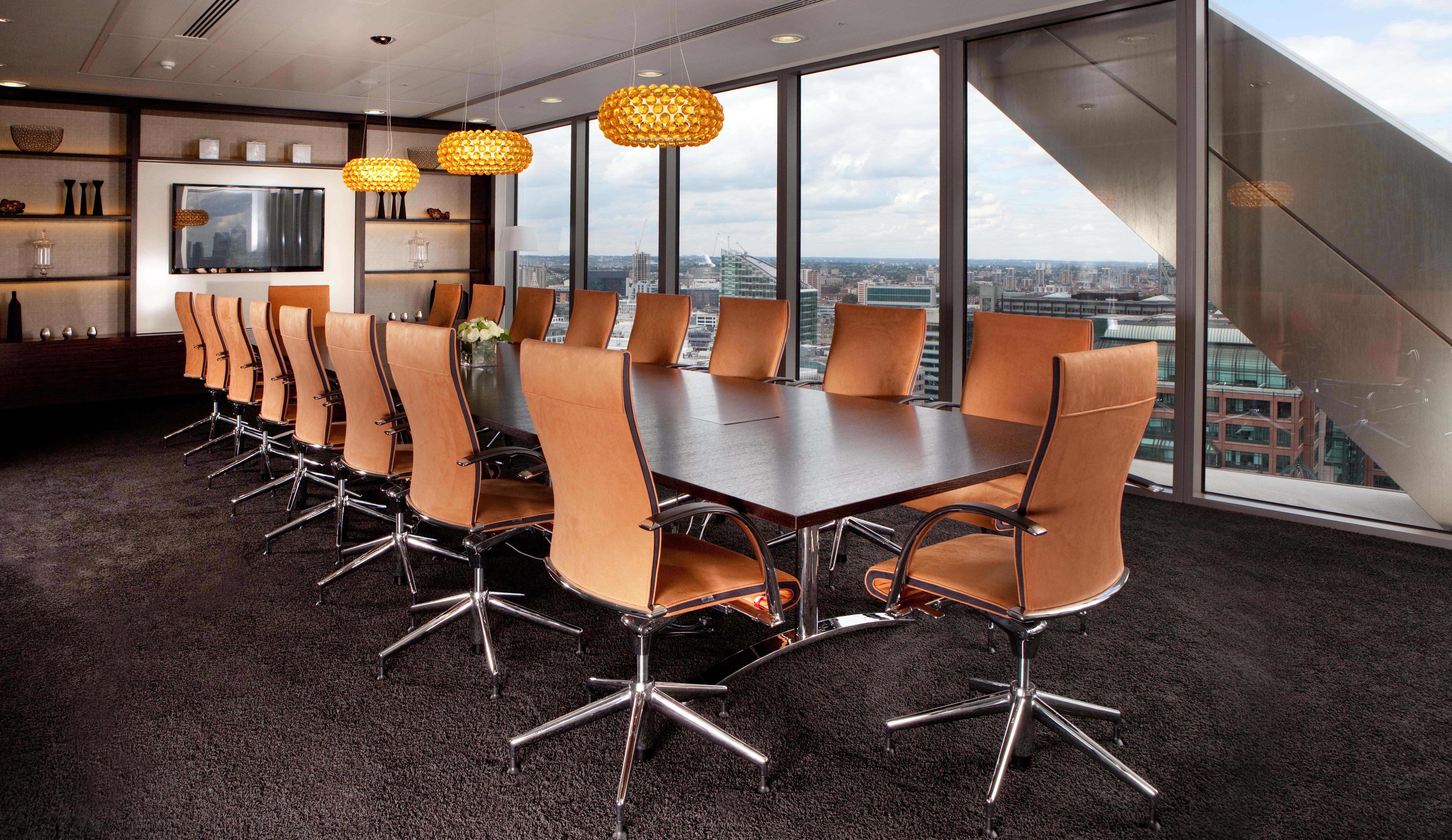 Serviced office London, EC2N 4AY - Salesforce Tower