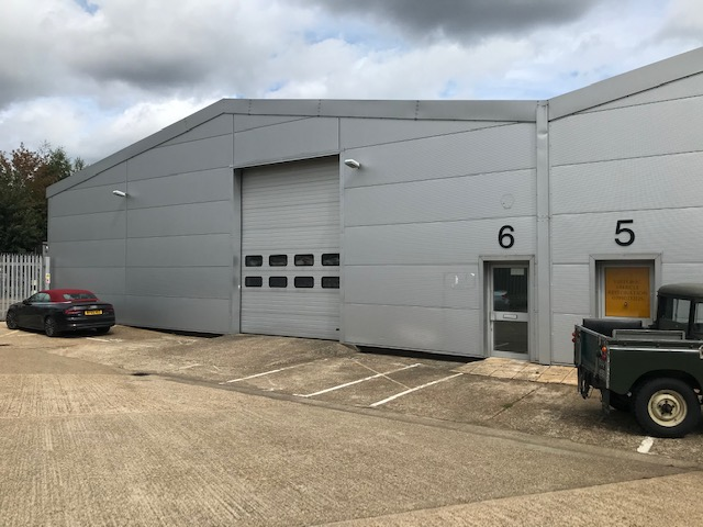 Industrial West byfleet, KT14 7JN - Units 6-8, Trackside Business Centre, Abbots Close